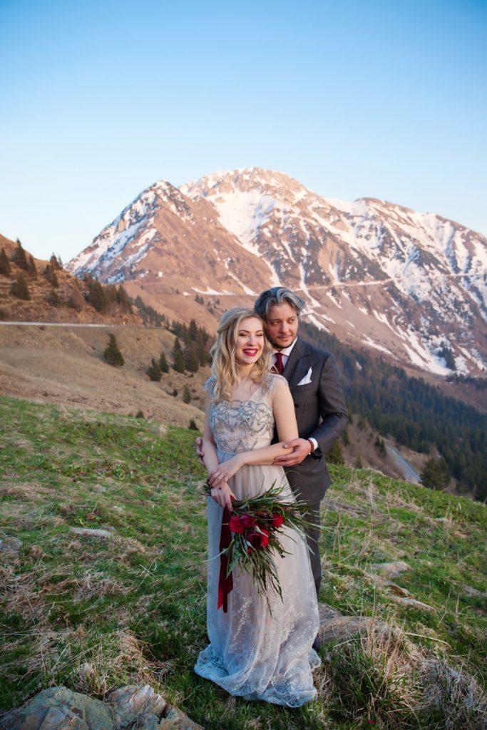 Hochzeitspaar Fotoshooting in den Alpen